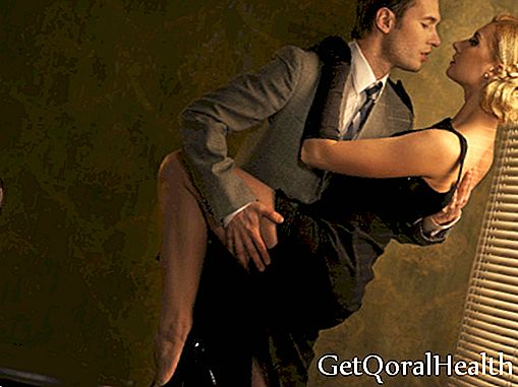 Dejas kā pāris, ciešas saites un dedzināšana
