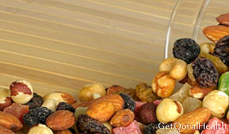 4 kacang yang meremajakan kulit anda