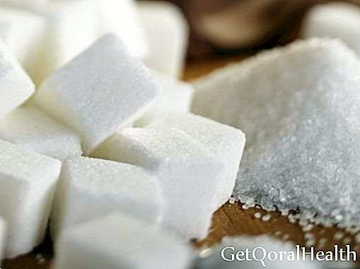 Sugar to treat wounds and ulcers