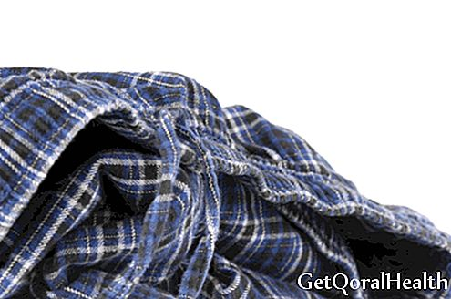 Choose cotton clothes for older adults