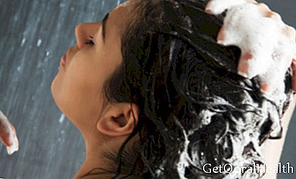 Løg shampoo: fordel og anvendelser