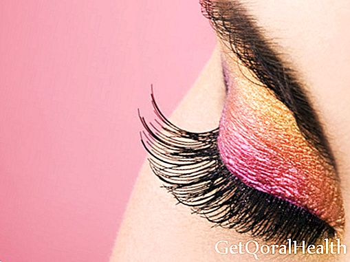 10 tips to take care and make your eyelashes grow
