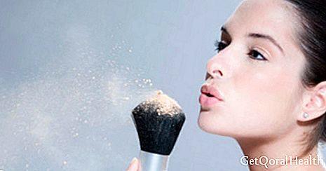 10 signs of intolerance to cosmetics
