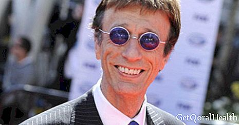 Colon and liver cancer affects Robin Gibb