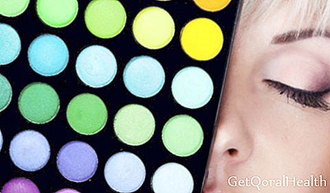 10 toxic ingredients in cosmetics