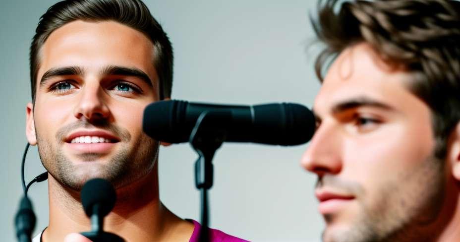 Hugo Chávez returns to Venezuela to continue his recovery