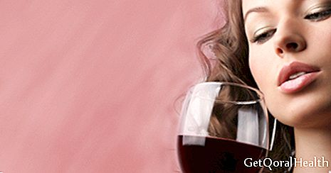 Drinking red wine protects the memory