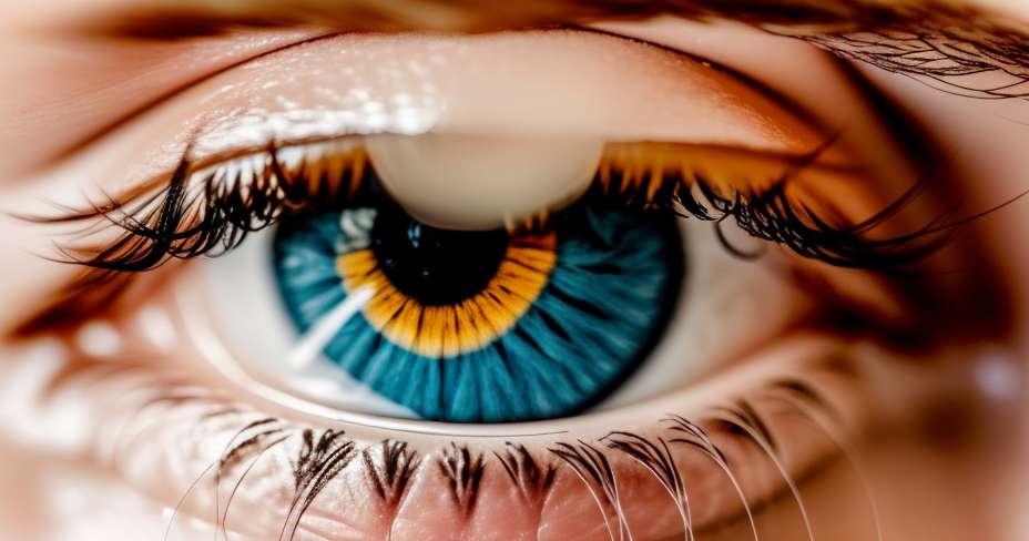 الميلانوما داخل العين يؤثر على كبار السن