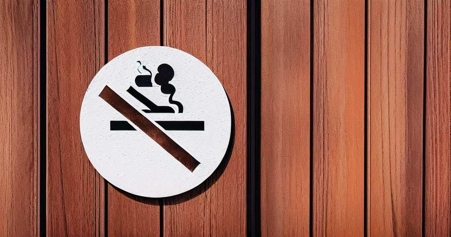 Chất lượng không khí không cải thiện với luật chống hút thuốc