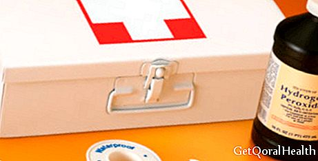 How to stock your first aid kit