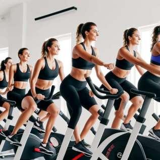 Hvordan kombinerer du sykkel + yoga?