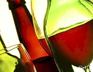 Adulterated alcoholic beverages can cause death