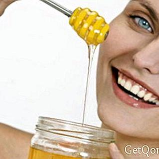 なぜアガベハニーはあなたの飲み物を甘くするのに最も良いものなのですか?