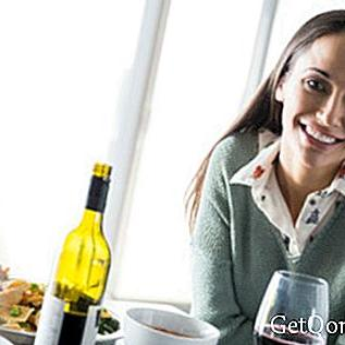 Zašto ljudi različito reagiraju na alkohol?