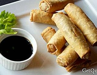 Sweet and sour spring rolls