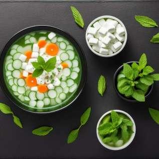 冷たいキュウリとヨーグルトのスープ