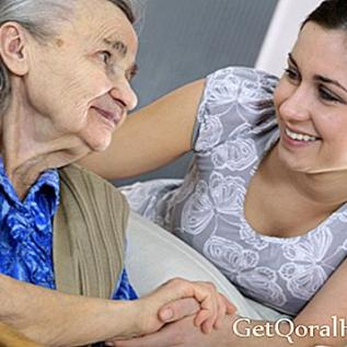 العيش مع كبار السن ، يحسن متوسط العمر المتوقع
